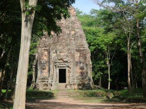 Cambodja rondreis Sambor Prei Kuk - klein