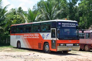 lokale bus in cambodja