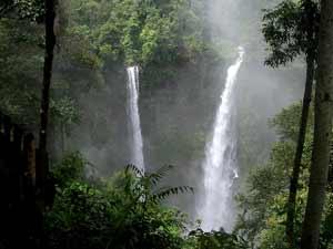 laos cambodja waterval
