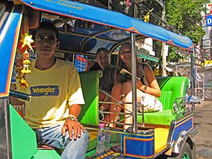 laos cambodja tuktuk bangkok