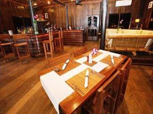 vientiane hotel restaurant