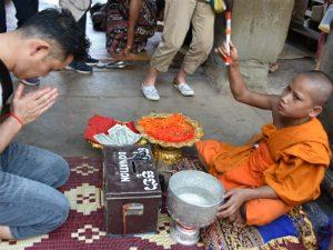 Khmer New Year ceremonie monnik