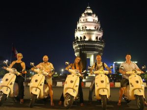 nightlife phnom penh vespa tour