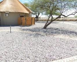 etosha waterhole chalet namibie