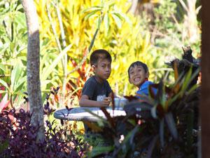 eten tussen lokale bevolking indonesie