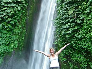 waterval munduk bali indonesie