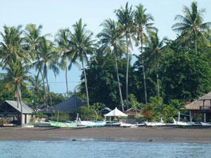 strand lovina bali indonesie