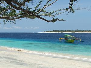 witte stranden gili bali indonesie