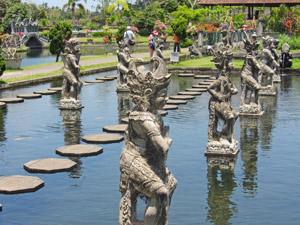 tuin van het waterpaleis bali