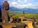Rondreis 5: Slingerapen, fietstaxi's en tempelwachters – door Sumatra, Java en Bali
