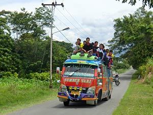 bus lokaal sumatra indonesie
