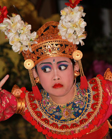 danseres in indonesie