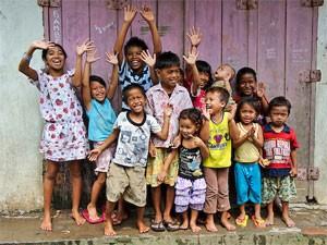 kinderen makassar sulawesi indonesie