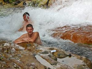 rondreizen indonesie warmwaterbron
