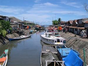 boten in makassar indonesie