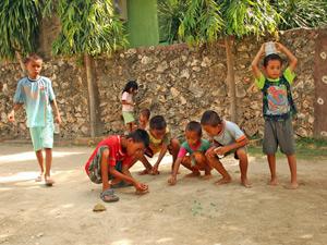 rantepao sulawesi kinderen indonesie