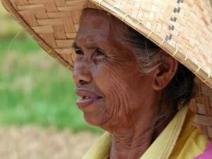 indonesie-online-blog-vrouw-punthoed