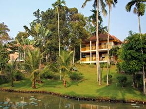 Medan - Sumatra hotel Kampung