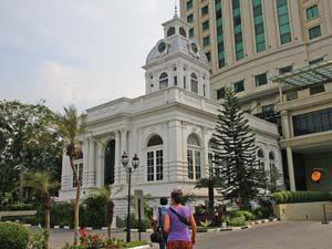 sumatra-reis-medan-stadhuis