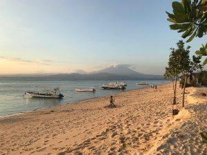 Prachtig strand op Nusa Lembongan