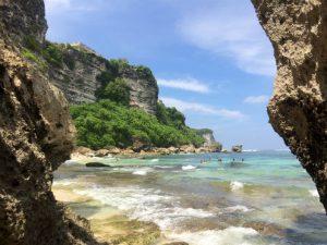 Padang Padang strand op Bali, Indonesië