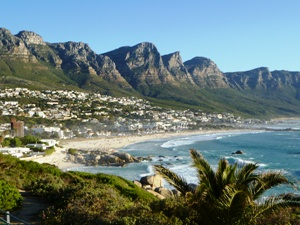 Die Bergkette der Zwölf Apostel in Kapstadt