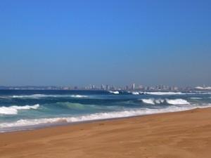 Blick auf Durban am Strand von Umhlanga