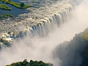 Südafrika-und-Botswana-Rundreise-Die-Victoria-Wasserfälle