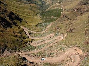 Südafrika - Serpentinen am Sani Pass