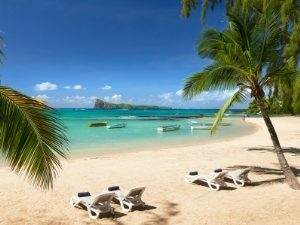 Mauritius Urlaub - Strand des Coin de Mire Hotels