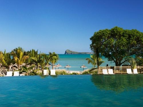 Segeln Mauritius - Blick auf den Coin de Mire vom Pool
