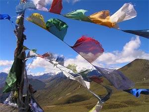 Bhutan Nepal Kombireise Gebetsflaggen