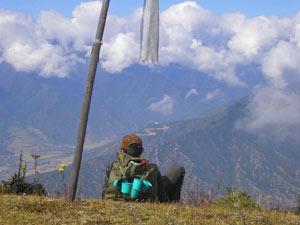 Pause mit Aussicht während eines Trekkings