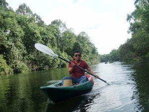Erkunden Sie vom Cardamom Tented Camp aus den Dschungel mit dem Kajak