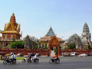 Tempel in Phnom Penh bei Kambodscha Urlaub