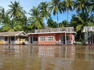 Schwimmende Häuser auf Don Khone