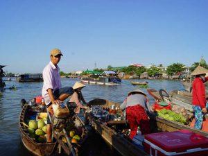 Schwimmender Marktsand im Mekong Delta