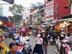Belebte Straße in Saigon