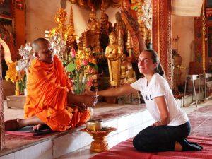 Mönch in einem Tempel in Siem Reap
