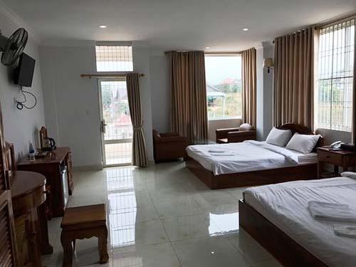Geräumiges Zimmer im Hotel in Sen Monorom