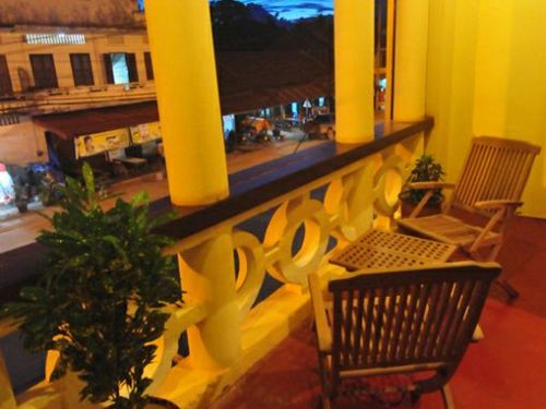 Balkon zum Verweilen im Hotel in Thakhek