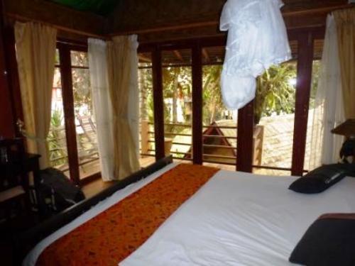 Bungalow-Hotel in Vang Vieng mit komfortablen Zimmern