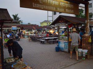 Nachtmarkt in Luang Namtha