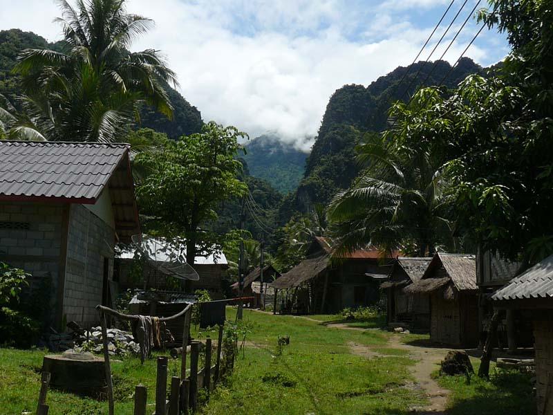 In den Bergdörfern werden Sie von der lokalen Bevölkerung herzlich empfangen