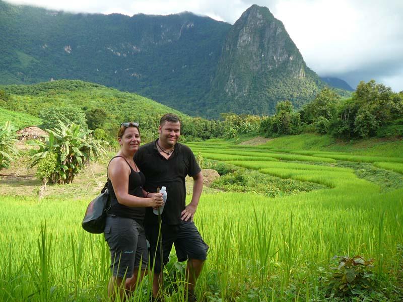 Genießen Sie die grüne Landschaft um Luang Prabang