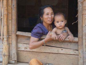 Lernen Sie Einheimische in Laos kennen