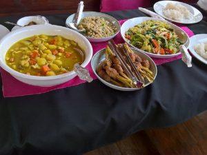 Essen während der Mekong Kreuzfahrt mit dem Slow Boat