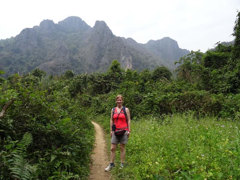 Erkunden Sie die Umgebung von Vang Vieng zu Fuß