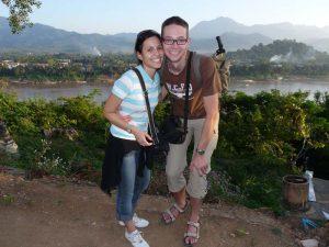 Pärchen beim Fotostopp vor dem Mekong