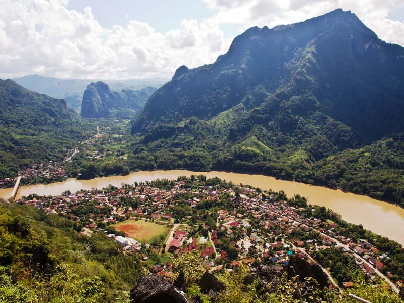Blick auf Nong Khiaw